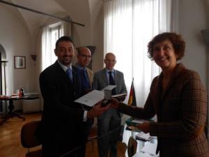 Con S.E. il Console Onorario della Repubblica Federale di Germania a Firenze,  Dott.ssa Renate Wendt